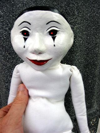 E-mail%20clown%20doll.jpg